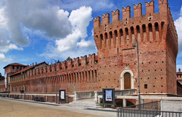 Galliate_piazza_panoramica2