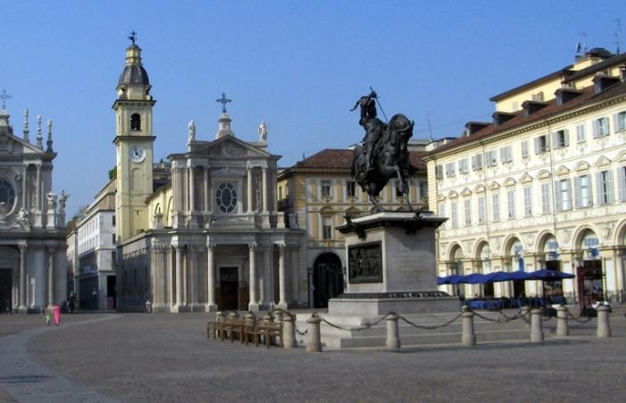 Torino_-_Piazza_San_Carlo