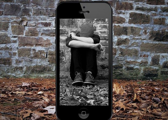 bullying-4378156_640
